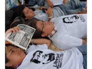 Universitarios en huelga de hambre